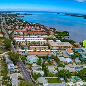 The Anna Maria Island Beach Palms 2B photos Exterior