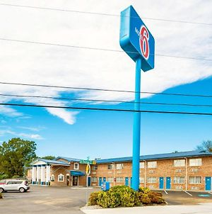 Motel 6 East Ridge Tn photos Exterior