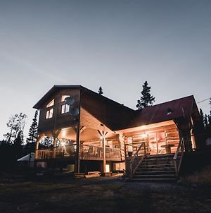 Mount Logan Lodge photos Exterior