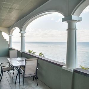 Lahaina Shores Top Floor One Bedroom Apartment photos Exterior