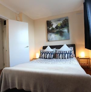 Chelsea Off Kings Road One Bedroom Apartment With Balcony photos Exterior