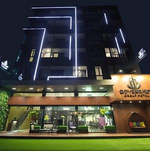 Sovereign Group Hotel @ Pratunam Bangkok photos Exterior