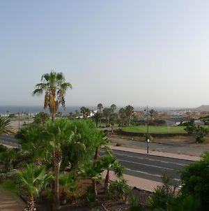 One Bed Apartment Free Wifi Stunning Views To Sea, Marina And Mountains photos Exterior