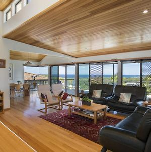 Elevated Views At Burrill Lake 17 Canberra Cres photos Exterior
