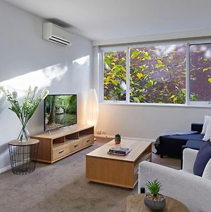 A 2 Bed Oasis In Melbourne S Hawthorn Village photos Exterior