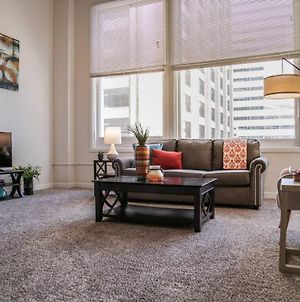 Amazing Central Downtown 1Br W City Views photos Exterior