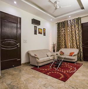 Elite 1Br Stay On Sohna Road photos Exterior