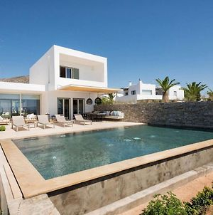 Paros Villa Sleeps 8 Pool Air Con Wifi T714111 photos Exterior