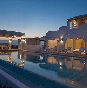 Paros Villa Sleeps 16 Pool Air Con photos Exterior
