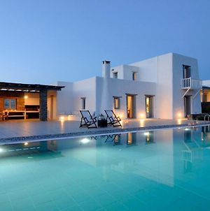 Paros Villa Sleeps 17 Pool Air Con photos Exterior