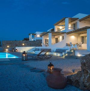 Paros Villa Sleeps 4 Pool Air Con Wifi photos Exterior