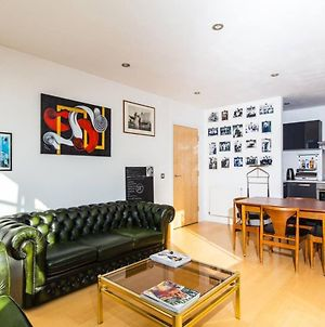 1 Bedroom Top Floor Flat / Shoreditch - Dalston photos Exterior