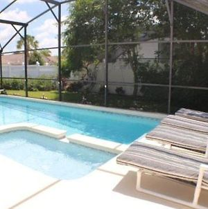 Lovely 4 Bedroom 3 Bath Pool Home In Indian Creek photos Exterior
