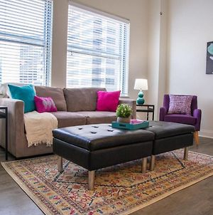 Vibrant Top Floor 1Br Apt W Downtown Views photos Exterior