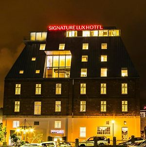 Signature Lux Hotel By Onomo, Waterfront photos Exterior