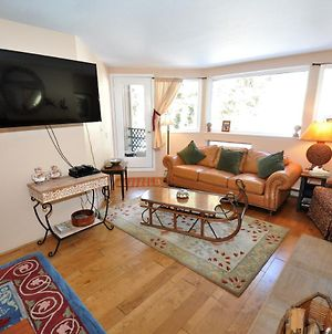 Adorable East Vail 1 Bedroom Condo #5M W/Hot Tub, Market, And Free Shuttle. photos Exterior