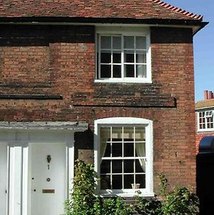 Magical Cottage In Rye Kent With Open Fireplace photos Exterior