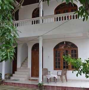 Welcome Family Guest House. photos Exterior