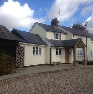 Stansted Guest House photos Exterior