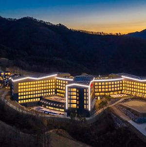 Pyeongchang Ramada Hotel & Suite By Wyndham photos Exterior