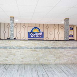 Days Inn & Suites By Wyndham Rhinelander photos Exterior