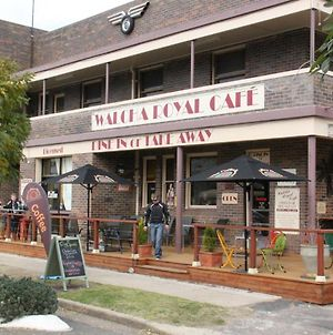 Walcha Royal Cafe & Accommodation photos Exterior