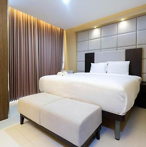 Minimalist Style Studio Brooklyn Apartment Near Ikea Alam Sutera By Travelio photos Exterior