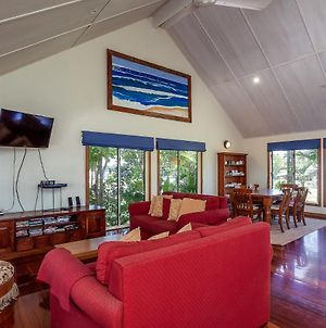 6 Ilmenite Avenue - Coastal Beach Shack Within Walking Distance To Patrolled Beach And Cbd, photos Exterior