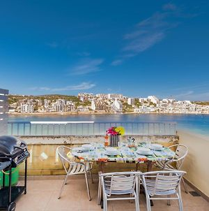 Blue Harbour Seafront Penthouse With Large Terrace And Bbq - Saint Paul'S Bay photos Exterior