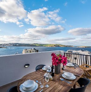 Seashells 2 Bedroom Apartment With Sunny Terrace With Stunning Sea Views - By Getawaysmalta photos Exterior