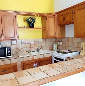 Apartment With One Bedroom In La Savane With Wonderful Mountain View Furnished Garden And Wifi 2 Km From The Beach photos Exterior