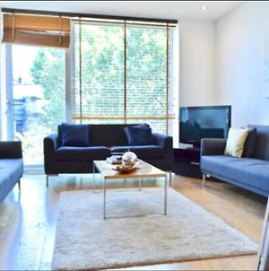 Modern 1 Bedroom Property In Central London photos Exterior
