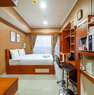 Well Equipped Studio At The Oasis Apartment Cikarang By Travelio photos Exterior