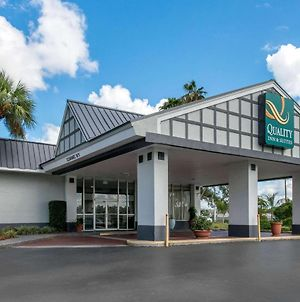 Quality Inn & Suites Brooksville I-75/Dade City photos Exterior
