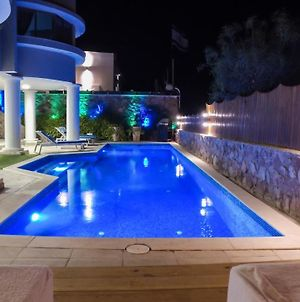 Luxury Suite By The Pool photos Exterior