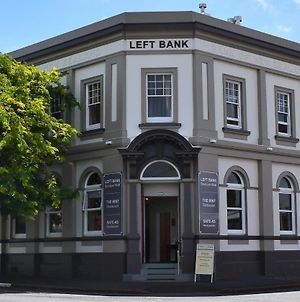 Left Bank photos Exterior