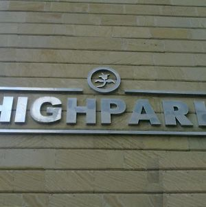 High Park photos Exterior