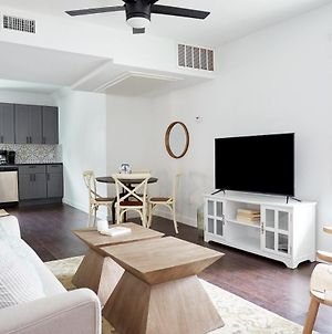 Sonder Stanford In Houston photos Room