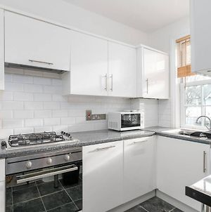 Guestready - Modern 2 Bed For 4 Guests In Golders Green! photos Exterior