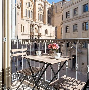 Ml1A-Enjoy Breakfast Facing Malaga'S Cathedral photos Exterior