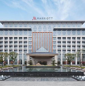 Wuxi Marriott Hotel Lihu Lake photos Exterior