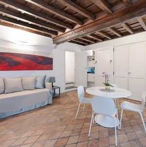 Lovely Studio Flat 1 Min Walk From Pantheon photos Exterior