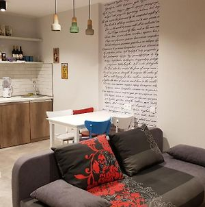 Your Home In Tbilisi: Cosy Stay In The Old City photos Exterior