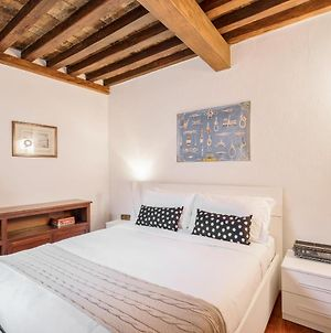 Charming 2 Bed Flat A Few Steps From The Pantheon photos Exterior