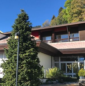 Budget Rooms Gstaad photos Exterior