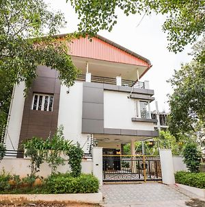 Oyo 22445 Lakshmi Residency photos Exterior