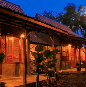 Cianjur Paddies Hostel photos Exterior