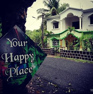 Your Happy Place - A Homestay photos Exterior