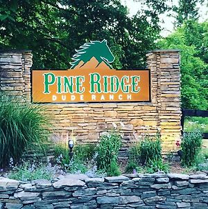 Pine Ridge Dude Ranch photos Exterior