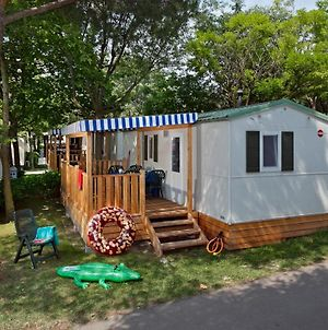 Albatross Mobile Homes On Camping Cisano & San Vito S. P. A. photos Exterior